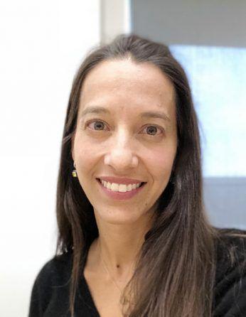 Headshot of Clarice Souza