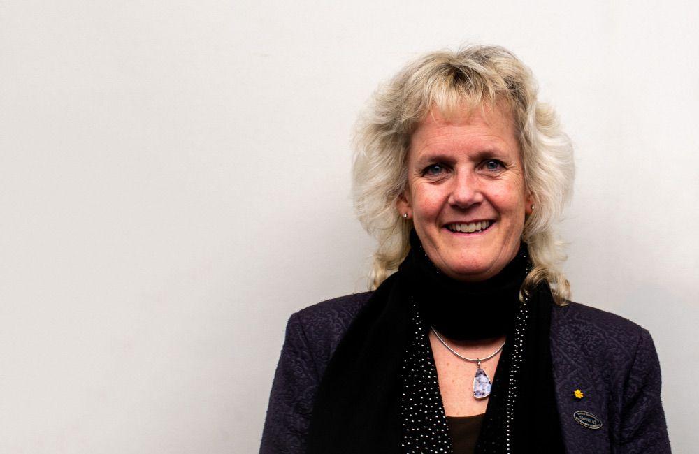 Headshot of Alison Van Eenennaam