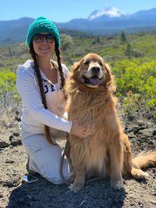 María Florencia Ercoli with a dog